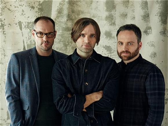 Are Kanye West And Death Cab For Cutie A Mash Up Match Made In Heaven
