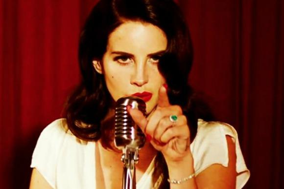 In Defense of Lana Del Rey's Burning Desire