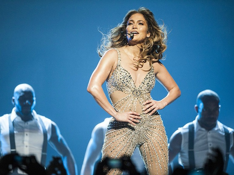 Jennifer Lopez gets an EDM Twist On New Single 'Us'