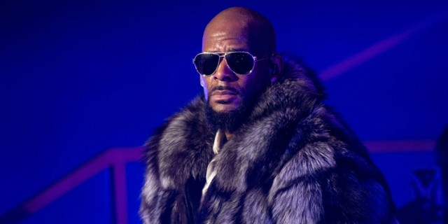 r kelly evicted
