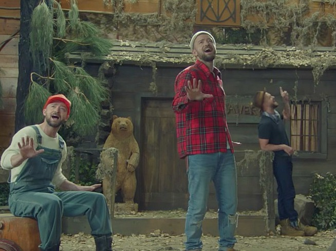 best service 4b63a a814d Jealous of Justin Timberlake's Flannel Collection? Now You ...