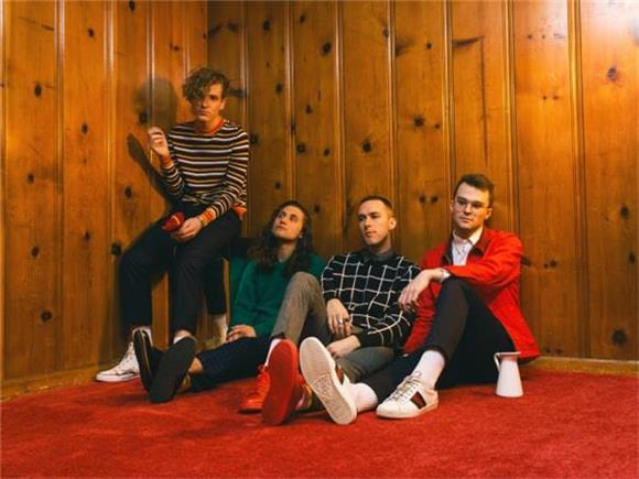 BAEBLE FIRST PLAY: 'Malibu 1992' by COIN