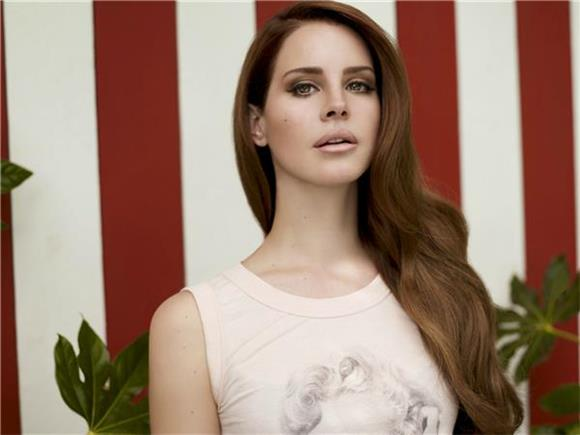 10 Artists You'll Like If You're A Lana Del Rey Fan
