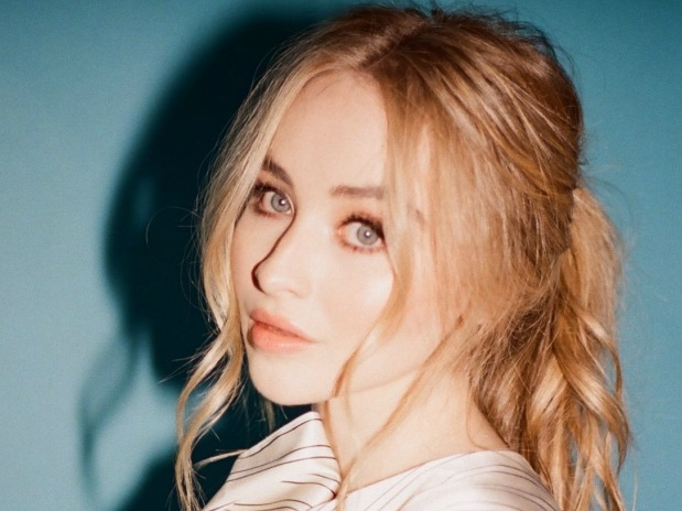 SONG OF THE DAY: 'Alien' by Sabrina Carpenter