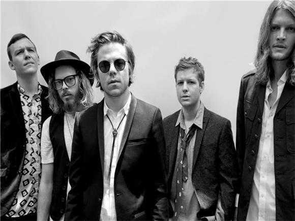 Hit The Road With Cage The Elephant