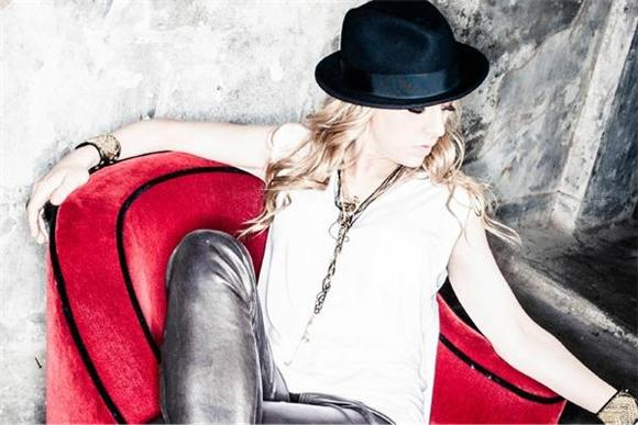 ZZ Ward Talks Blues, Hip Hop, and That Skyrocketing Career Of Hers