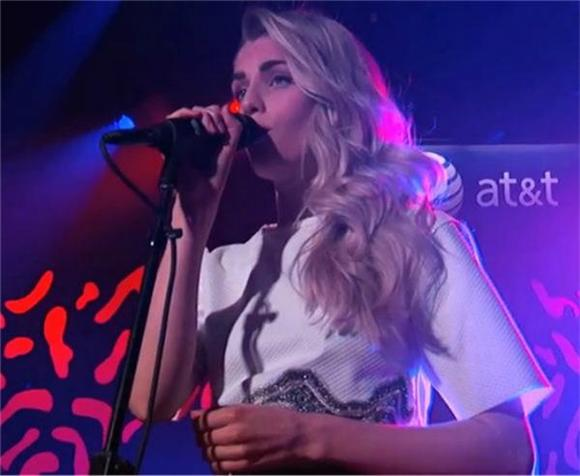 London Grammar Performed Two Gorgeous Songs On Jimmy Kimmel Live!
