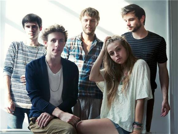 Head To The Islands With GIVERS' Latest Video
