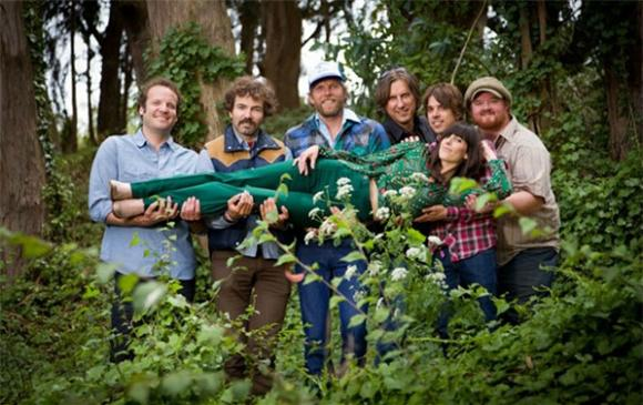 Nicki Bluhm and The Gramblers Ditch the Van for a Trolley