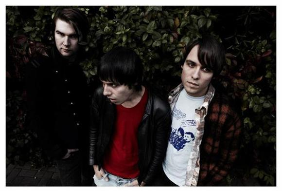 The Hookup: The Cribs at MHOW