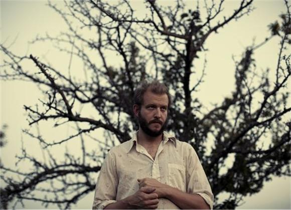 Bon Iver Makes Album With Rapper Astronautalis