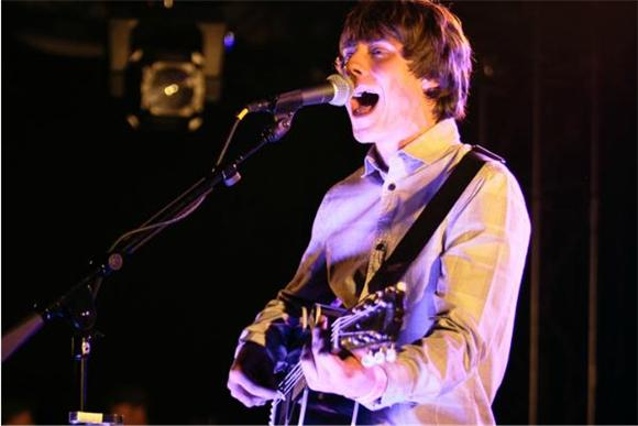 Jake Bugg Discharges Foot-Pounding Rockabilly Folk at Hype Hotel