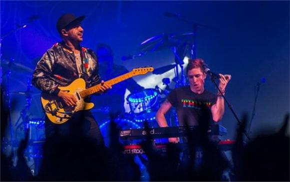The Front Row: Walk the Moon at Terminal 5