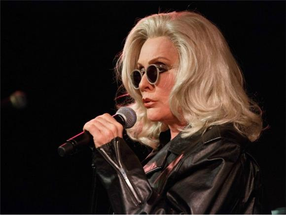 Blondie Nails it (Again) With New Single 'Fragments'