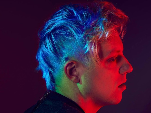 BAEBLE FIRST PLAY: 'Favorite Color Is Blue' (Robert DeLong and K.Flay Live In Texas)