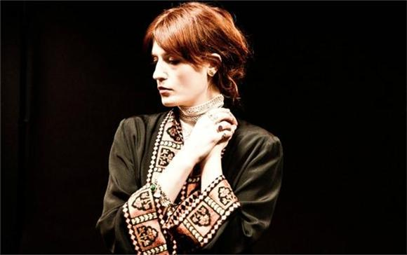 Florence And The Machine Soar Through A 'Ship To Wreck'
