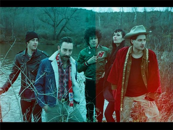 Black Lips Bring Yoko Ono On New Track 'Occidental Front'
