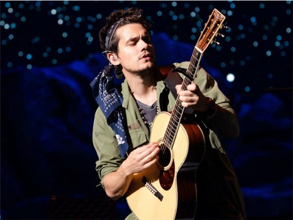 John Mayer Covers Drake's 'Passionfruit' In The Most John Mayer Way Possible