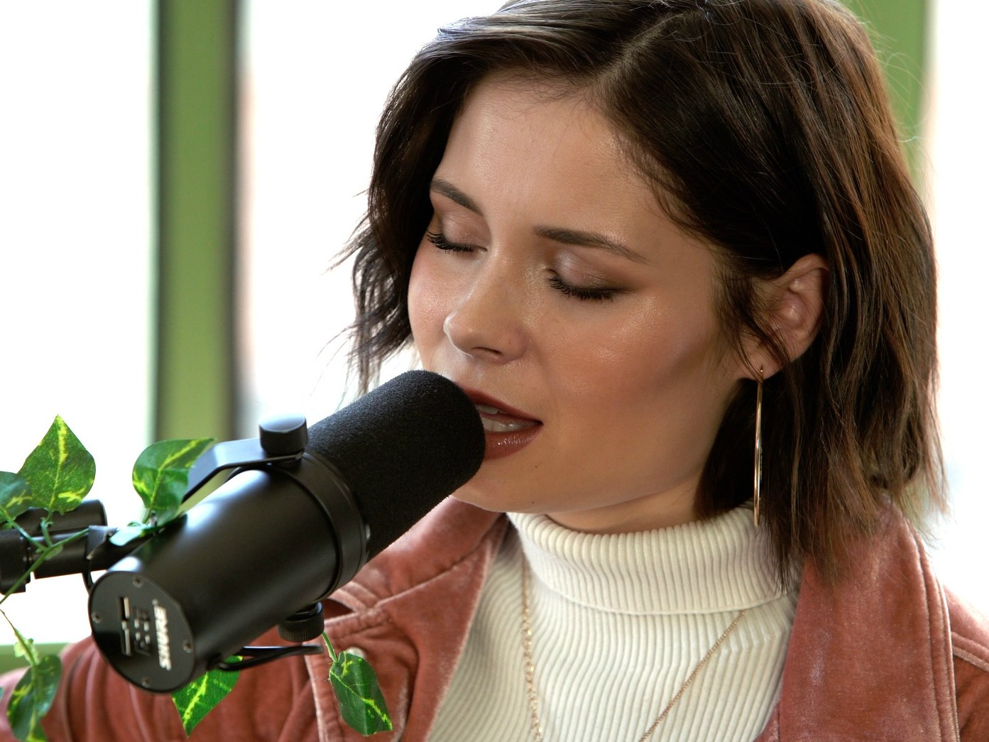 NOW PLAYING:  A Baeble NEXT Session With Nina Nesbitt
