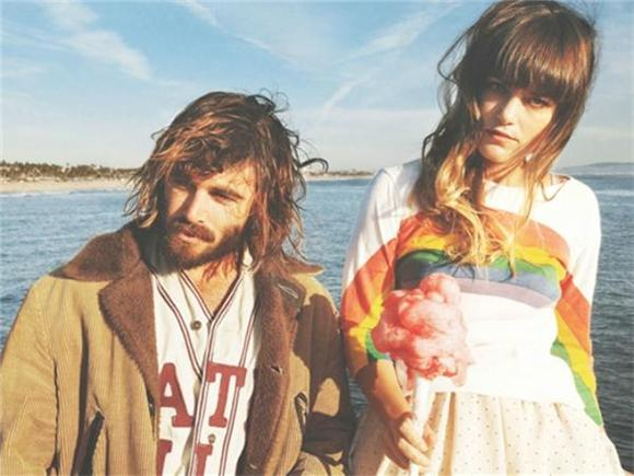 Angus and Julia Stone Unveil Bluesy Single 'Death Defying Acts'