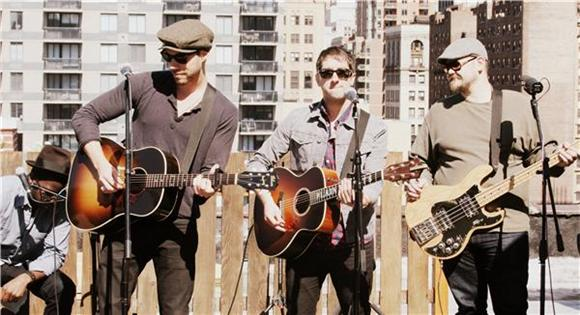 Plain White T's Breezy Rooftop Session
