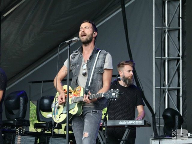 Mondo Cozmo Boston Calling