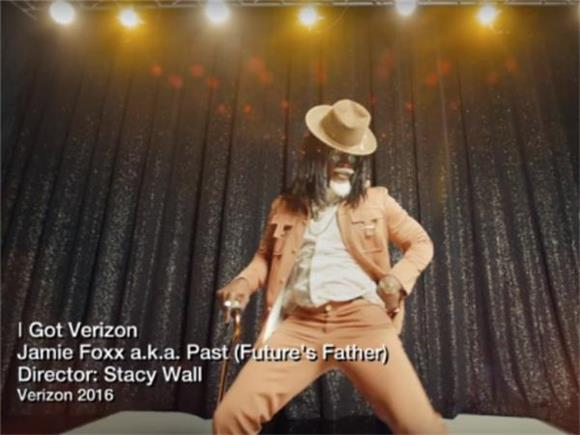 Watch Jamie Foxx Parody Future in Verizon's Latest Ad