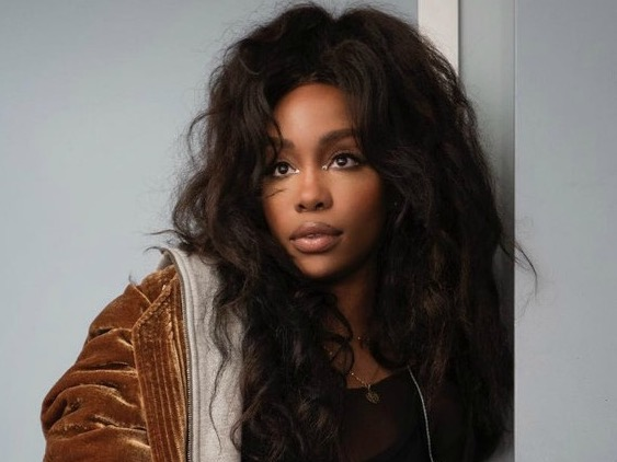 SZA's Video For 'Drew Barrymore' Stars The Actual Drew Barrymore