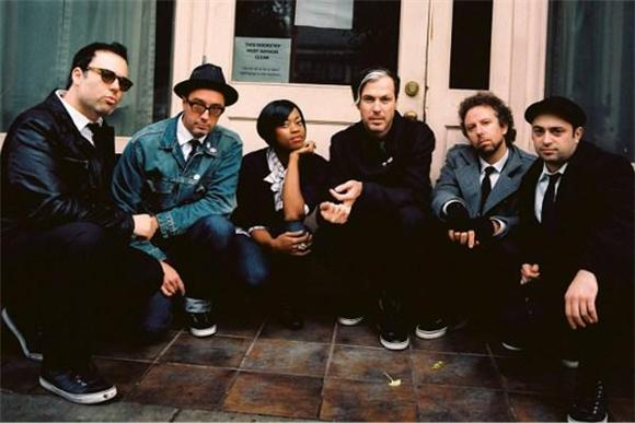 Fitz and The Tantrums Conjur A Dust Storm