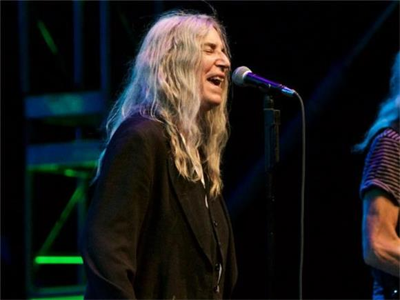 Why Everyone Needs to See Patti Smith Live