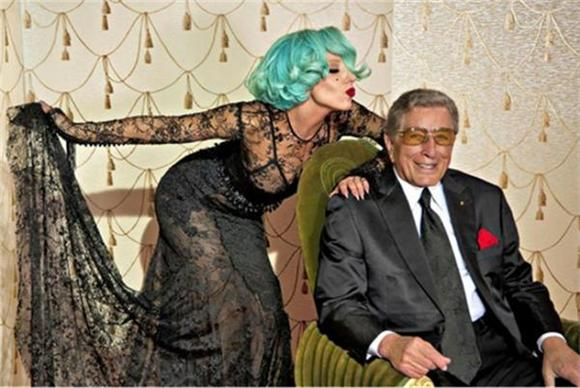 Lady Gaga and Tony Bennett Reunite for 'Anything Goes'