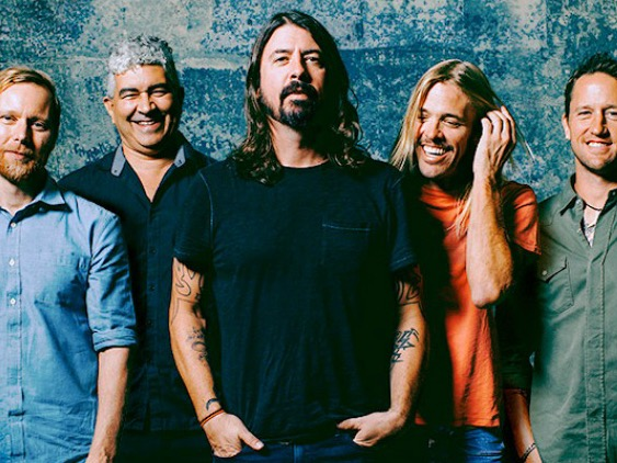 Foo Fighters Debut Hard-Hitting Headbanger 'Dirty Water' in Paris