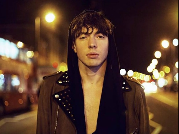 SONG OF THE DAY: 'Golden Dandelions by Barns Courtney