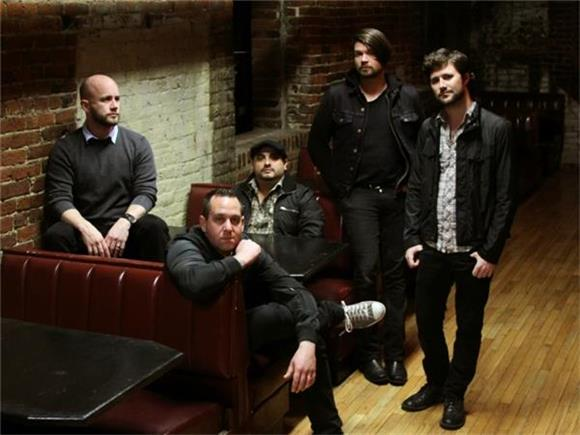 THROWBACK THURSDAYS: An Exclusive Interview with Taking Back Sunday