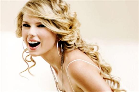 T-Swift Gets the Last Word On 'We Are Never Ever Getting Back Together' But Is It Really Worth It?