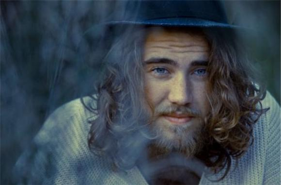 Introducing Matt Corby, More Than An Idol
