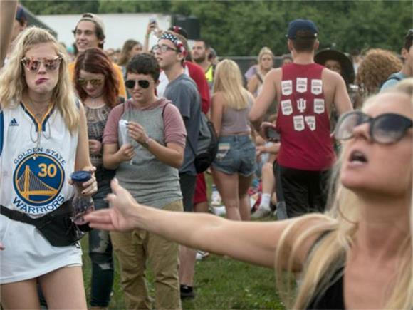 GALLERY: Bands and Bros Take Over Lollapalooza