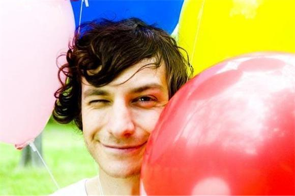 Watch: Gotye