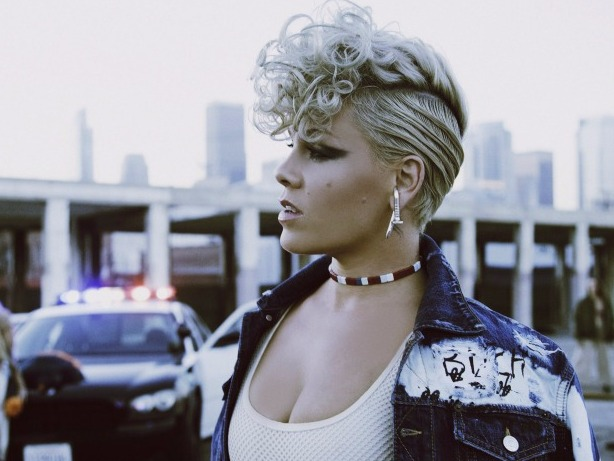 5 Moments That Prove P!NK Is A Goddess Who Can Do Anything