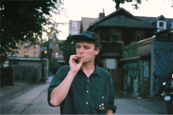 Mac DeMarco Lethargically Covers Eric Clapton