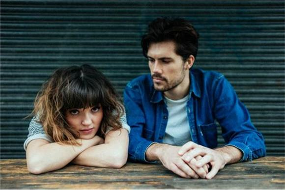 A Conversation With Oh Wonder: A Touch of Humanity