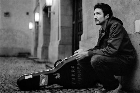 Frank Turner Drenches Himself In Tar And Desperation In New Video