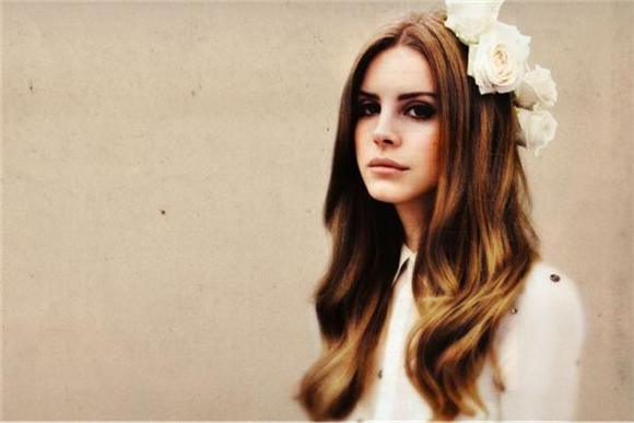 Lana Del Rey Flops With 'Music To Watch Boys To'