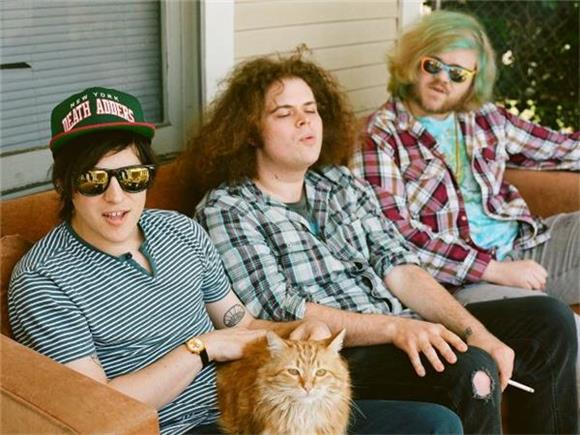 Wavves Step Into The Squared Circle