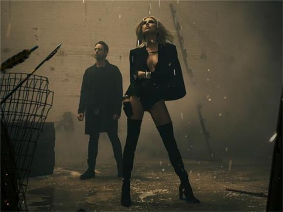 INTERVIEW: Phantogram Talk Starting Out as Waiters, New Album 'Three,' Upcoming Tour