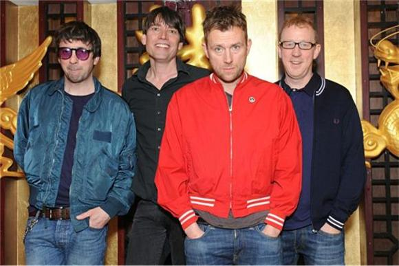 Blur Call In The Fans For 'I Broadcast' Video