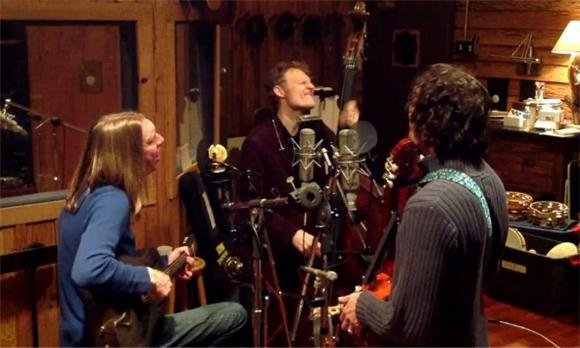 Premiere: The Wood Brothers Ooze 'Honey Jar'