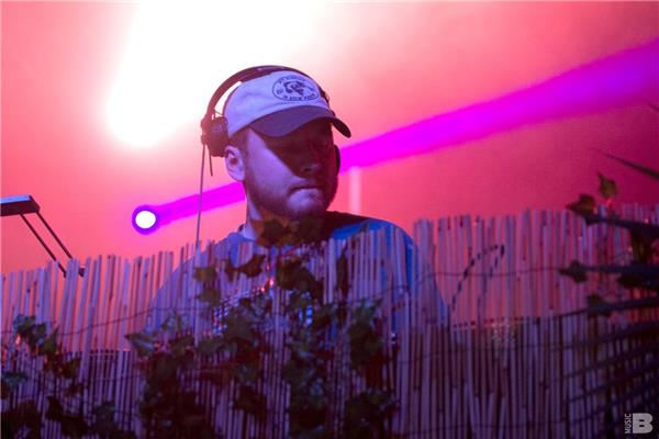 Julio Bashmore Full Moon Festival