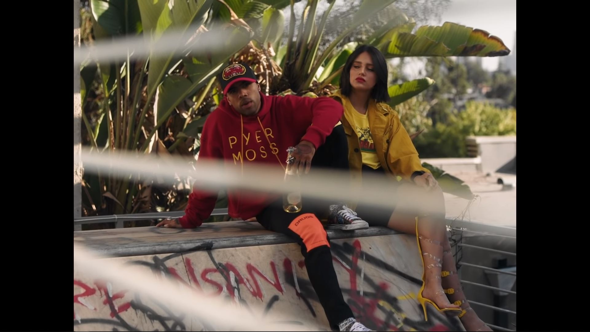 Vic Mensa - In Some Trouble ft Ty Dolla Sign